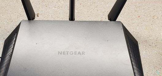 Netgear Nighthawk R7000 AC1900 Router for Sale in Riverside,  CA
