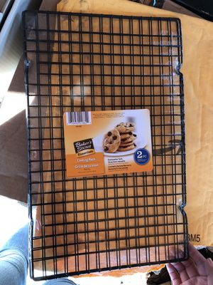 "Baker's Secret Cooling Rack, 10"" X 16"" for Sale in Baldwin Park, CA"