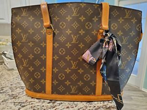 Louis Vuitton Babylone for Sale in NEW PRT RCHY, FL