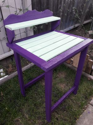 Potting stand for Sale in Anaheim, CA