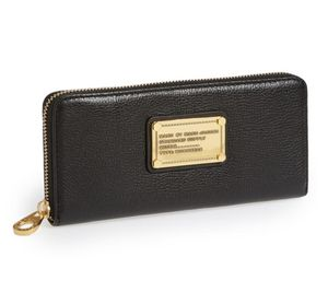 Marc by Marc Jacobs Classic Q Slim Wallet In Black Leather for Sale in Irvine, CA