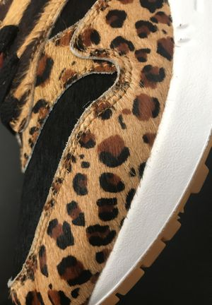 ATMOS x nike Air Max 1 Animal Pack size 9 for Sale in Santa Monica, CA