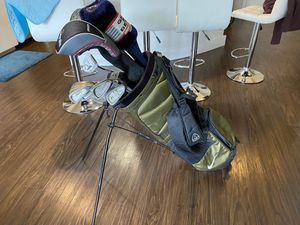 Golf clubs with Nike bag for Sale in Plantation, FL