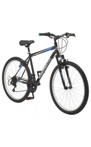 "Roadmaster Granite Peak Men's Mountain Bike, 26"" wheels, Black/Blue for Sale in Malden, MA"