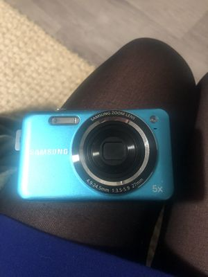 MUST GO FRI/SAT Samsung digital camera 12.2 pixels 5x zoom for Sale in Arlington, VA