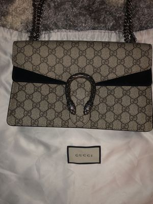 FIRM PRICE WITH TAGS MEDIUM AUTHENTIC GUCCI BAG WITH DUSTER AND TAGS for Sale in Washington, DC