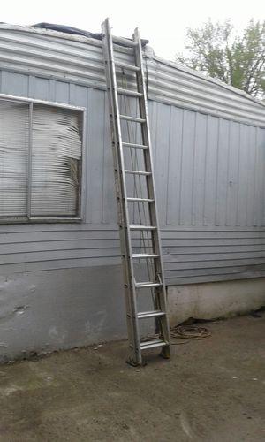 24' Werner extension ladder for Sale in Portland, OR