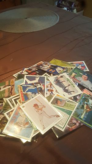 117 Baseball cards for Sale in Stanton, CA