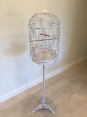 Medium Round Dome Top Bird Cage with Stand BRAND NEW for Sale in Los Angeles, CA