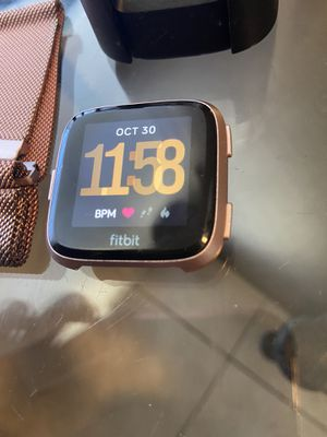 Fitbit Versa for Sale in St. Petersburg, FL