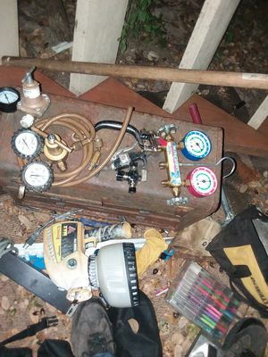 Valves, compressor, battery charger, battery cables, tow straps, 2 air compressors and everything works 100% for Sale in Austin, TX