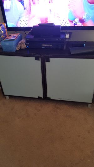Entertainment cabinet for Sale in Springfield, PA