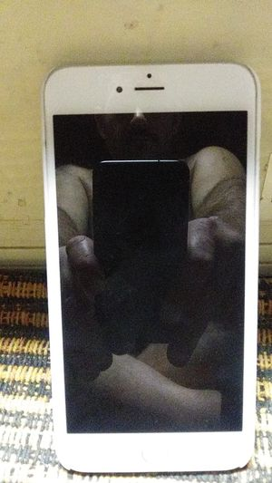 Iphone 6s plus for Sale in Oroville, CA