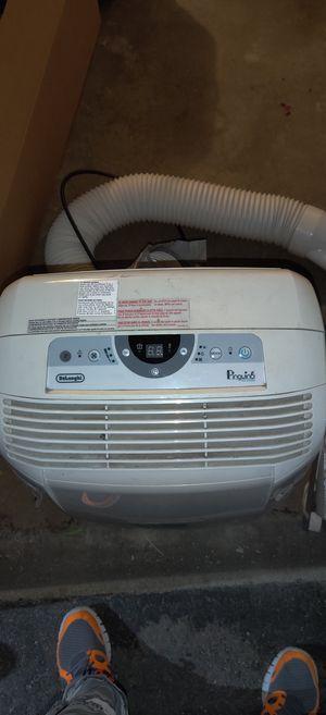DeLonghi Pinguino 3-in-1 Portable Air Conditioner, Dehumidifier & Fan for Sale in Burbank, CA