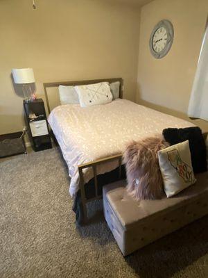 Bedroom furniture for Sale in Aurora, CO