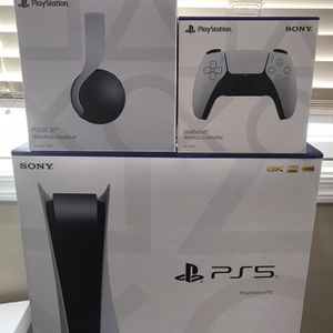 Brand New Sony PS5 Disc Version Bundle With Controller And Headset for Sale in Gilbert, AZ