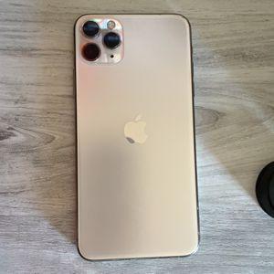 iPhone 11 Pro Max for Sale in Hesperia, CA