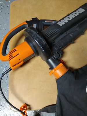 Worx leaf and debris blower and vacuum for Sale in Bloomingdale, IL