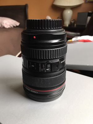 Canon 24-105 lens for Sale in Randolph, MA