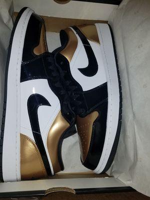 JORDAN 1 LOW GOLD TOE SZ 13 for Sale in Peoria, AZ