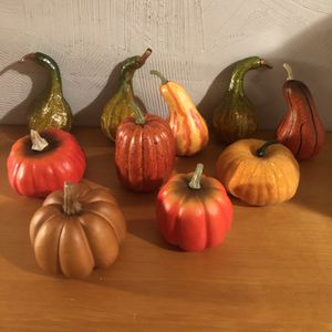 Fall/ harvest decorations. 5 hard plastic like gourds and 5 pumpkins. Some have glitter made on them and all came from Michael's so great for crafts for Sale in Saint Albans, WV
