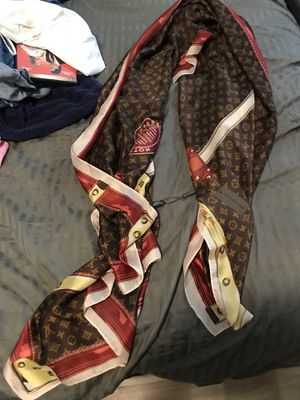 Brand new Louis Vuitton authentic scarf for Sale in Plant City, FL