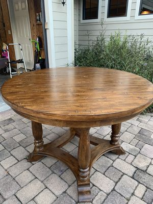 Haverty's Kitchen Table for Sale in Orlando, FL