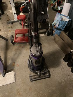 Dyson Vacuum Powerball for Sale in Medfield,  MA