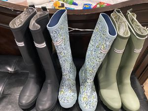 Women's Tall Rain Boots - Smith & Hawken size 7 for Sale in Compton, CA