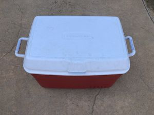 Red & White Rubbermaid Camping or Sports Cooler for Sale in Elk Grove, CA