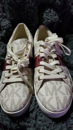 Michael Kors Women's sneakers 7.5 M for Sale in Jersey City, NJ
