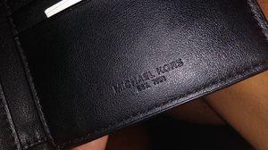 Michael kors men wallet 60 OBO I bought it at Dillard's for 80 for Sale in Wichita, KS