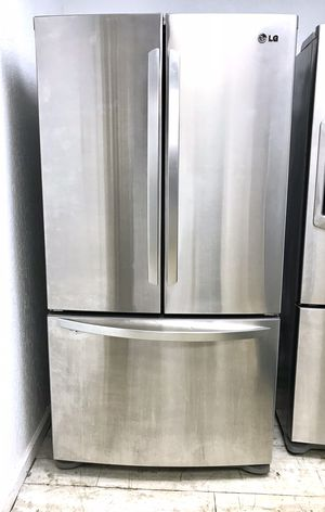 LG Stainless Steel Refrigerator for Sale in West Palm Beach, FL