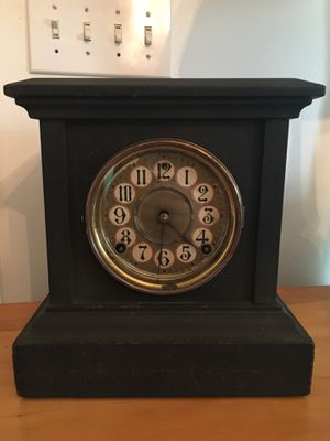 1800's antique mantle clock for Sale in Bulger, PA