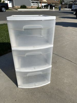 Two plastic storage containers with all three drawers for Sale in Huntington Beach, CA