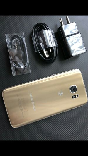 Samsung Galaxy S7 edge - excellent condition, factory unlocked, includes new accessories for Sale in Springfield, VA