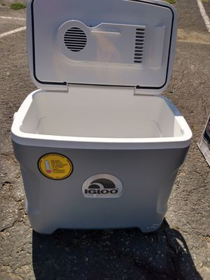 28qt iceless cooler brand new for Sale in Pomona, CA