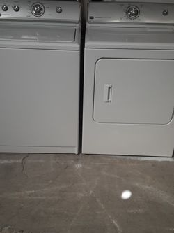 Washer and Dryer Maytag electric Dryer Good Condition 3 Months warranty Delivery And Install for Sale in San Leandro,  CA