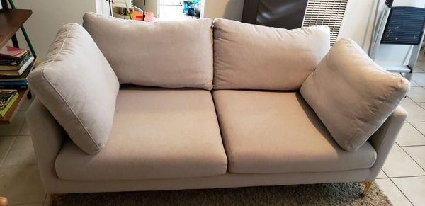 Sofá Couch