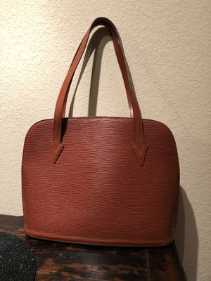 Rare Discontinued Louis Vuitton Epi Lussac Brown for Sale in Austin, TX