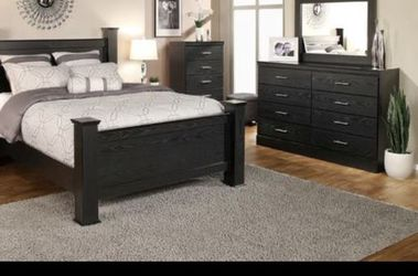Queen bed frame. Dresser. Mirror. One night stand for Sale in Pomona,  CA