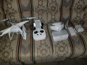 DJI Phantom 4 Bundle w/ Amplified Signal & FPV Goggles. for Sale in Hemet, CA