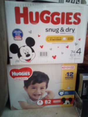 Huggies size 4 for Sale in San Carlos, CA