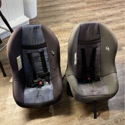 Set Of Car Seats for Sale in St. Louis,  MO