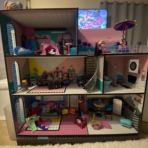Lol Large Doll House for Sale in San Diego, CA