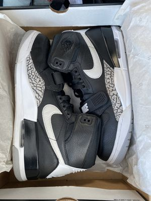 NEW W BOX THE Air Jordan Legacy 312 size 12 basically mint condition. OG Jordan shoe BOX included for Sale in Chicago, IL