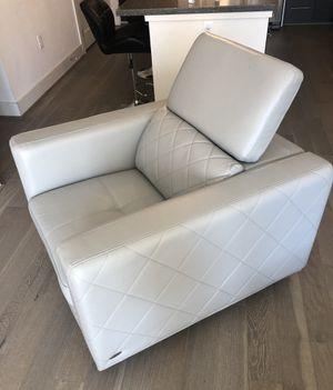 Grey swivel chair for Sale in Houston, TX