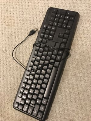 Full Size PC Keyboard w/Number Pad for Sale in Seattle, WA