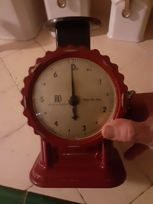 Vintage kitchen scale by Paula Deen for Sale in Modesto, CA