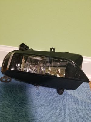 OEM Part # 8K0 941 700 C Audi 2013 to 2016 Audi A4 S4 Fog Lamp Assembly Front Right side for Sale in Gurnee, IL